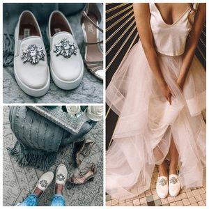 BADGLEY MISCHKA Barre Bridal Flats Sneakers Ivory